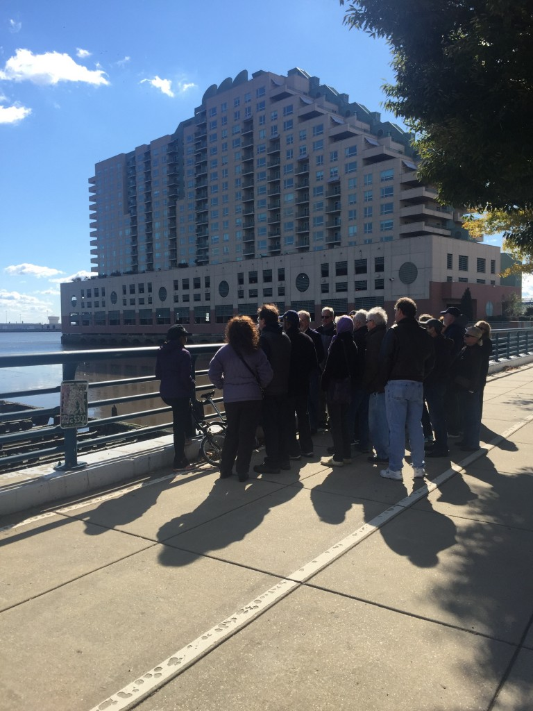 Dockside River walking tour2_2015