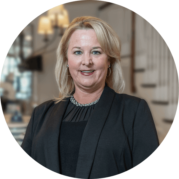 Maureen Klemenz, The Residences of Dockside Sales Consultant